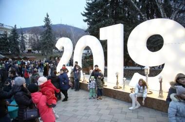 В Пятигорске открылся настоящий новогодний сказочный городок