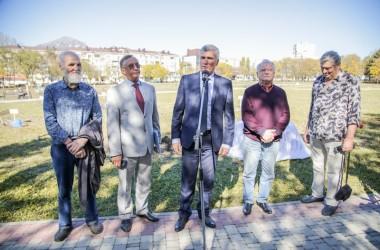 """В Комсомольском парке появилась Аллея """"Золотого Витязя"""""""