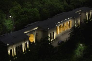 У Академической галереи появятся художественная подсветка и цветочные часы