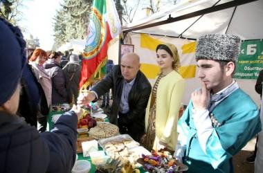 Фестиваль национальных литератур народов России открылся в Пятигорске